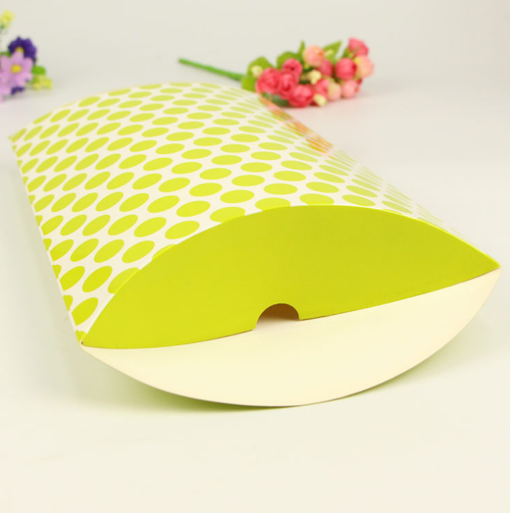 Custom pillow shape box for scarf
