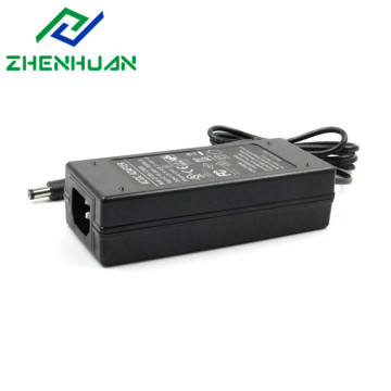 100-240V 50 / 60Hz 19V 3.42A Laptop Ac Adapter 65W