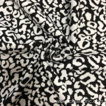 Soft yarn dyed jacquard knitted fabric