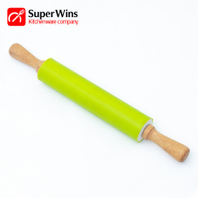 High Quality Kitchen Helper Wood Silicone Rolling Pin