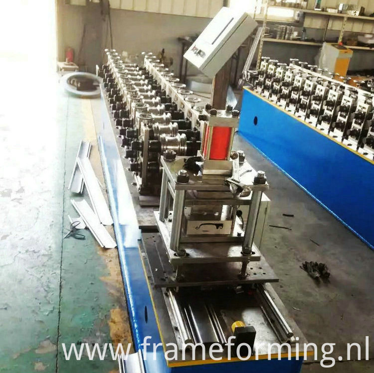 steel profile roller shutter forming machine )