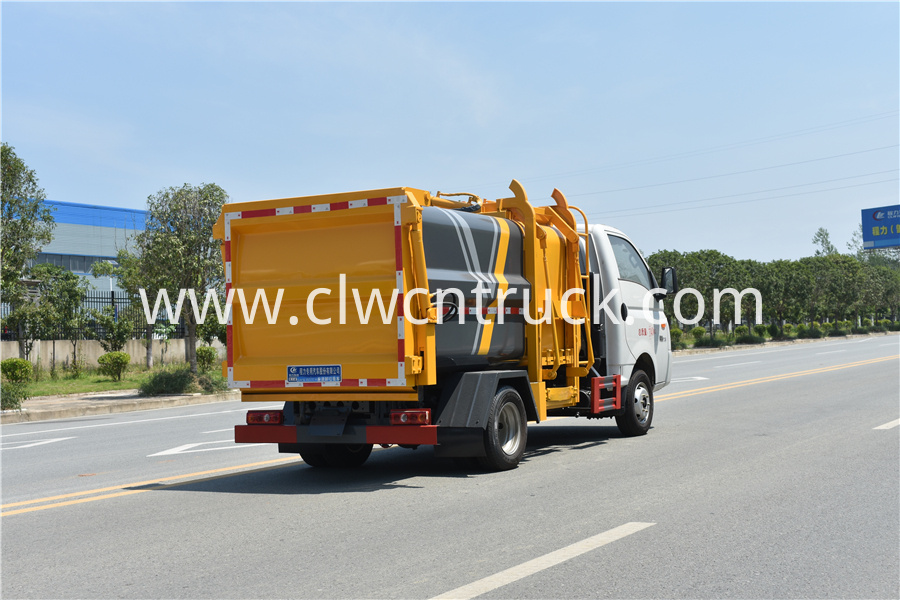food waste hauling truck image
