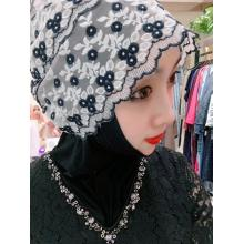 Gauze scarf with Black and white pattern