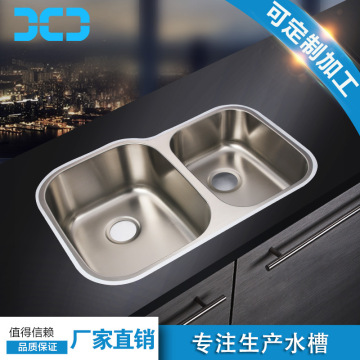 Hand washing kitchen sinks