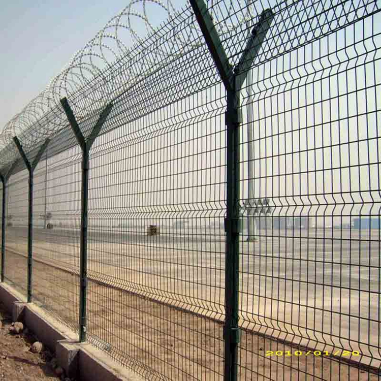 PVC Coated Welded Wire Mesh Airport Fence