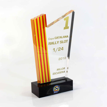 plexiglass engraving trophy maker