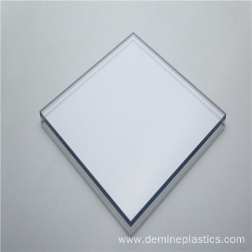 Polycarbonate transparent wall panel good flame resistance