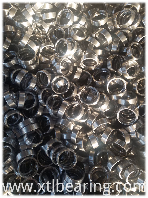 Deep groove ball bearing outer ring