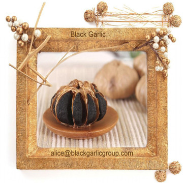 Organic and Free of Pollution Black Garlic