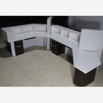 Dental reception desk for therapy center