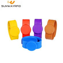 13.56MHz Waterproof Silicone NFC Rfid  slap Wristband