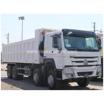 12 Wheels Sinotruk Howo Tipper Truck