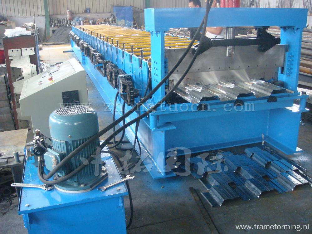 Hydraulic Roof Panel Metal Sheet Forming Machine
