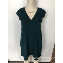 V-neck slim dress with flounces