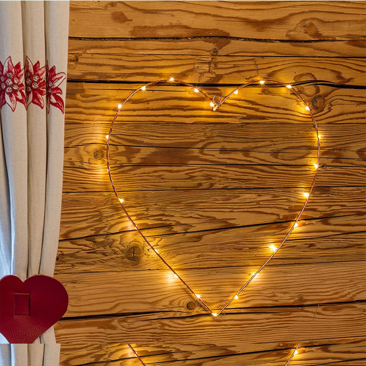 love led metal motif light
