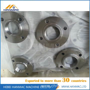 Carbon steel threaded flange