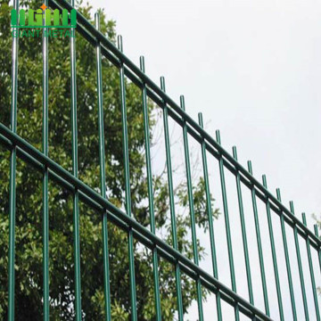 Power Coated Green Double Horizontal Wire Fence