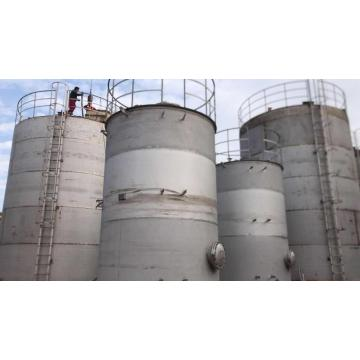 Carbon steel and stainless steel storage tank