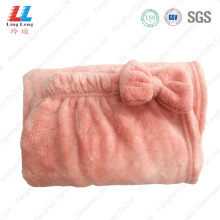 Smooth sightly bowknot bath towel
