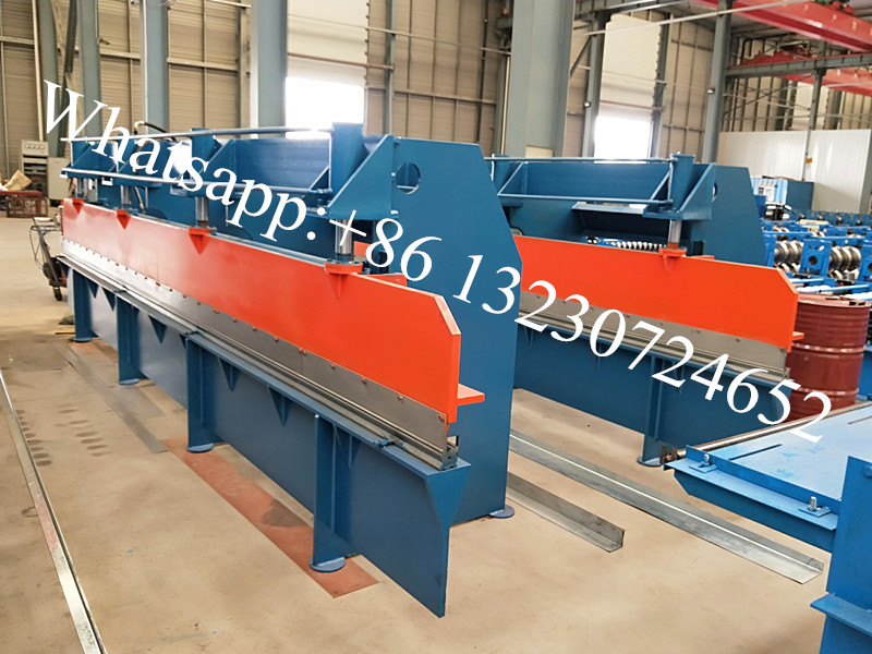 metal sheet bending machine