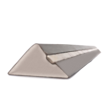 15mm Triangle Magnetic Chamfer With Single Side Magnet