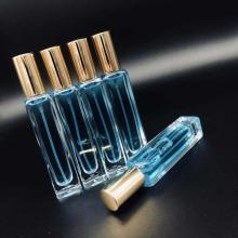 perfume bottle with thick bottom and square tube