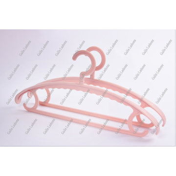 Anti-slip wide shoulder adult plastic hanger