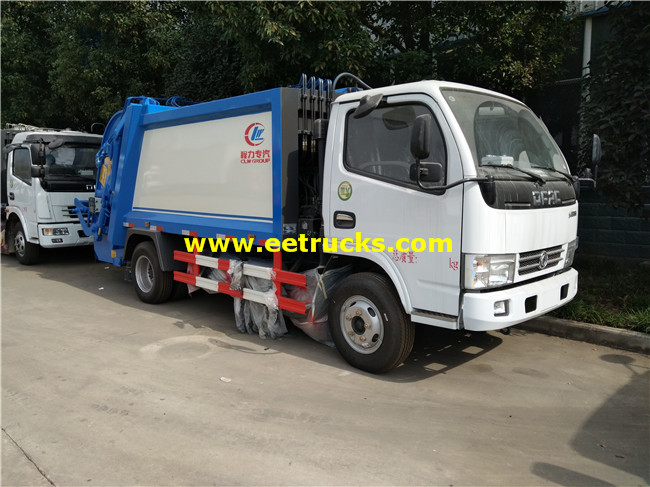 5000L Compression Trash Trucks
