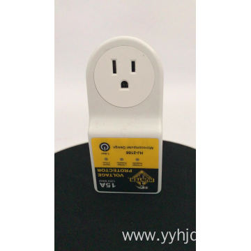 US Type Single Phase 5A-30A Voltage Protector