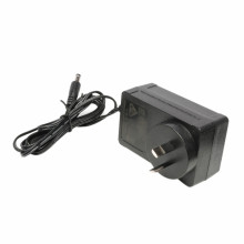 SAA RCM 18VDC 2000mA AU Adapter Transformer 36W