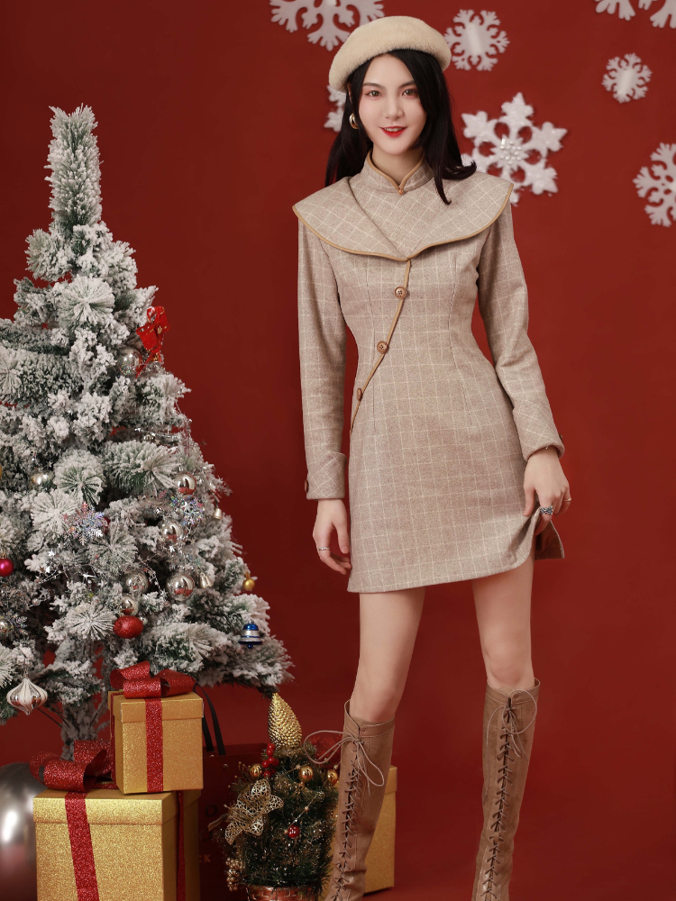 Remark qipao with young Chinese girls school in 2020, the new improved version of the dress in winter oats latte