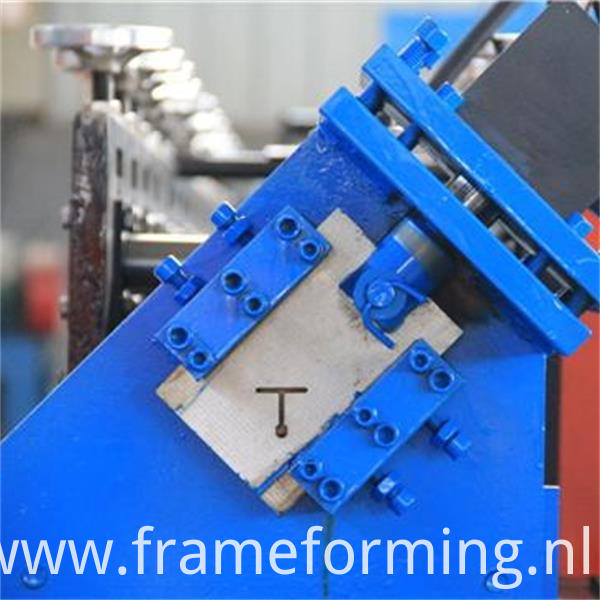 T-Bar roll forming machine 4