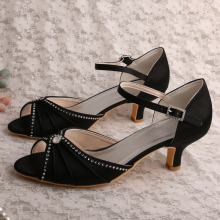 Hot Selling Black Evening Sandals Low Heeled
