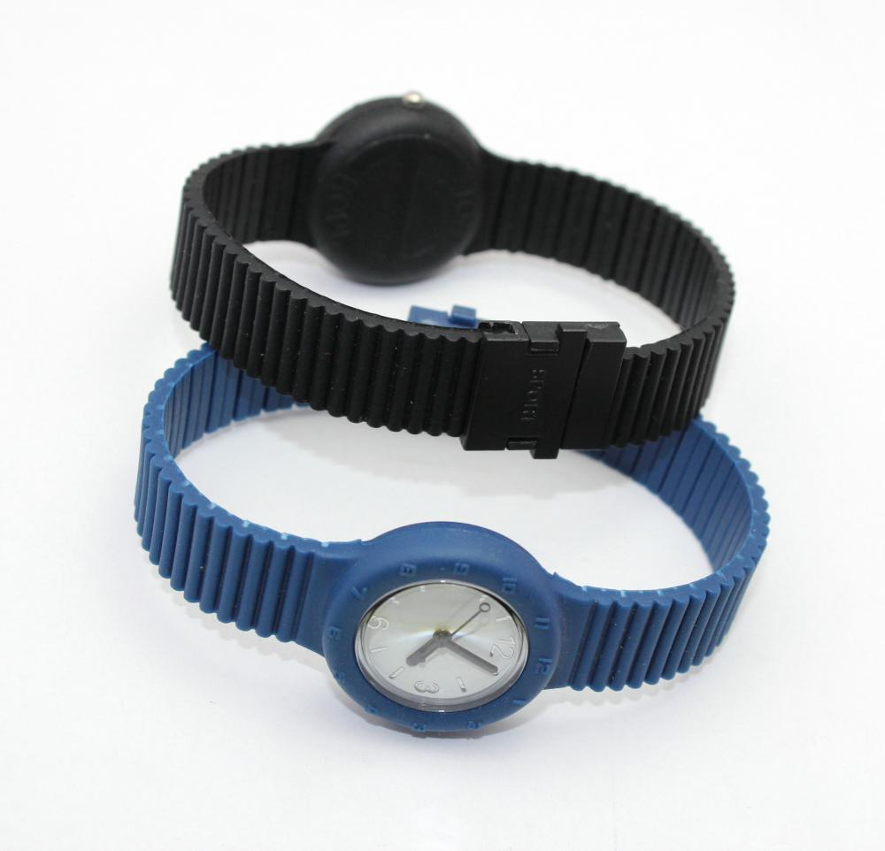 lightless quartz watch