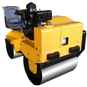 High efficiency ride-on small soil road roller