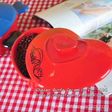 Heart shape casserole with lid and handle