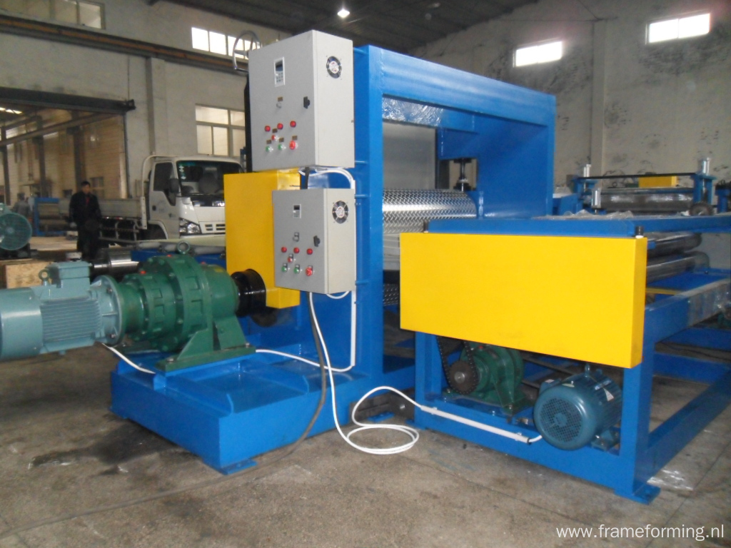 colored steel metal coils embossing machine