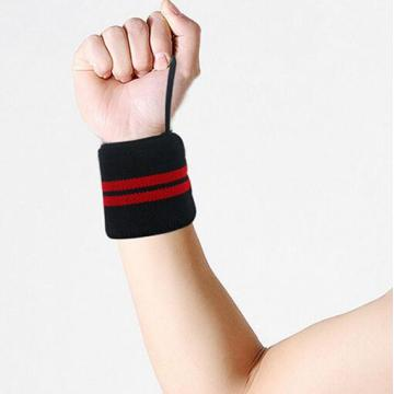 Two pairs fitness wrist bracing for dumbbell exercise
