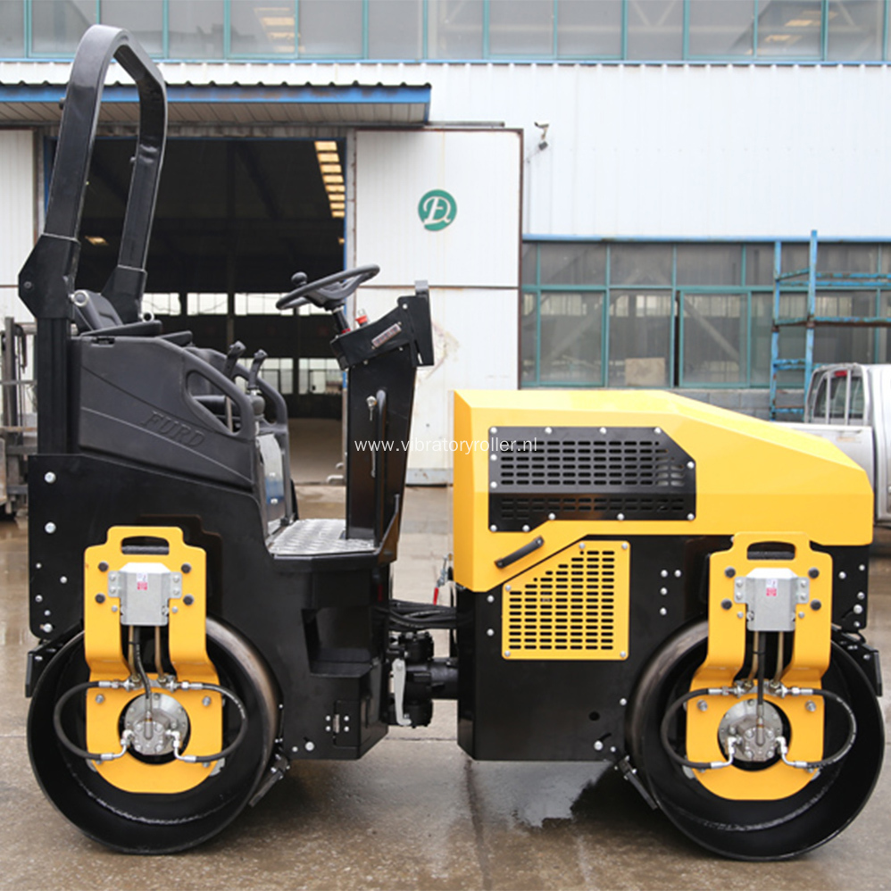 3 Ton Small Asphalt Compactor Machine