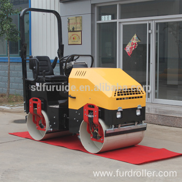 Good Performance 2 ton Tandem Vibrating Roller (FYL-900 )