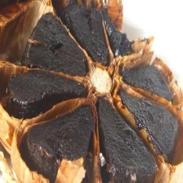 Fermented black garlic organic black garlic