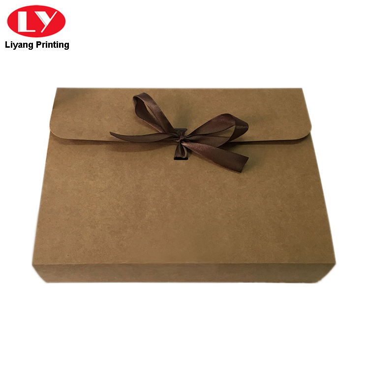 Kraft Envelope With Ribbon3