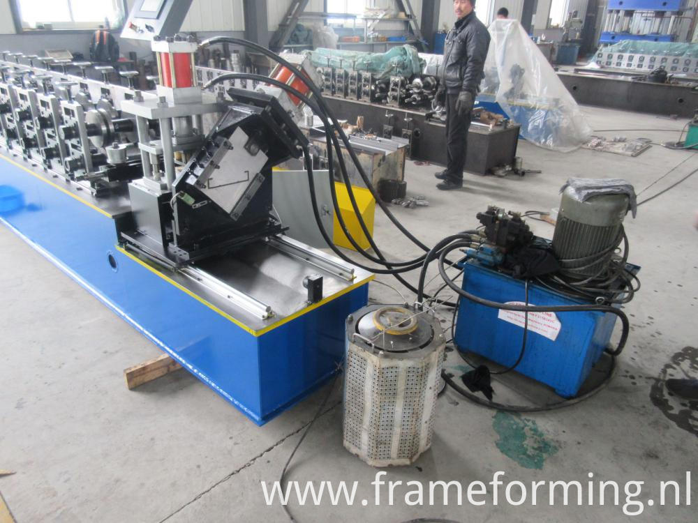 Automatic Drywall Cross Grid Forming Machine