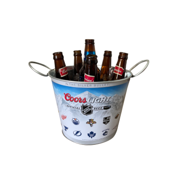 Special bucket with two flexible handles