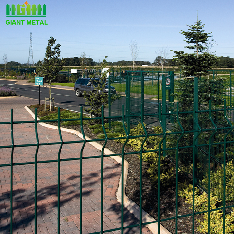PVC Coated Garden Fence Triangle Bending Fence