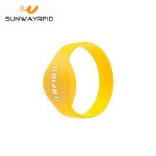 13.56MHz NTAG216 Passive RFID Silicone NFC Wristband