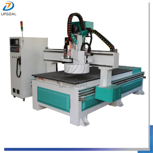 Tool Changing CNC Wood Router with 12 Pcs Tools Auto Changing