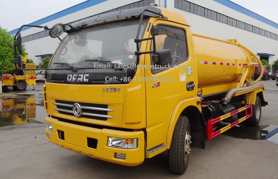 Waste Pumper Truck