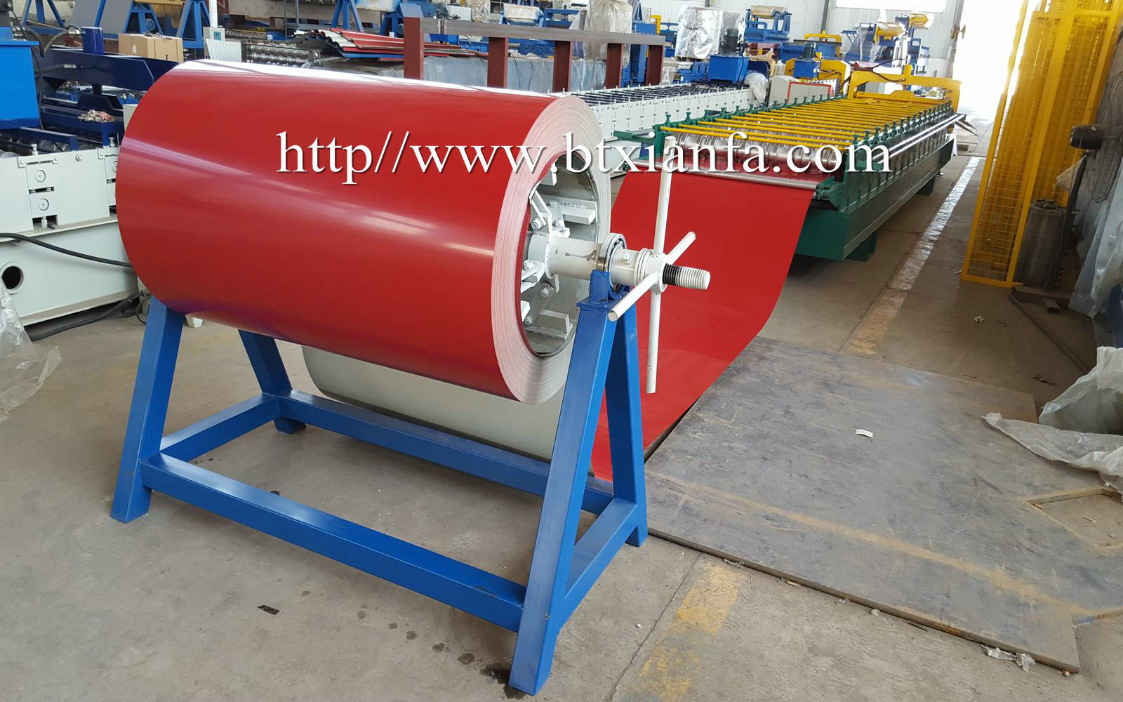 steel roofing machine