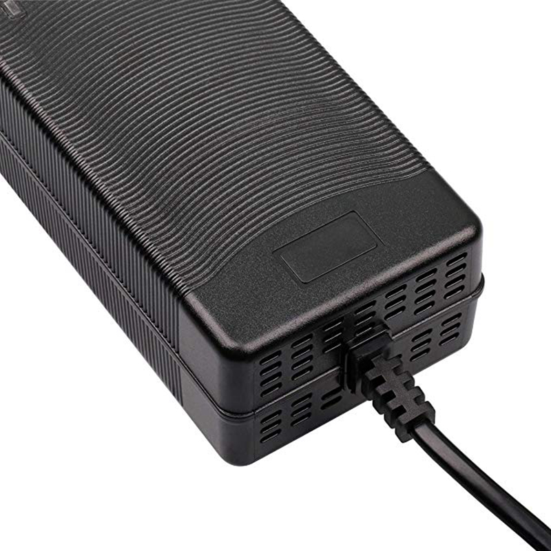 14.6V 8A LifePO4 Battery Charger For Life PO4 Battery Pack